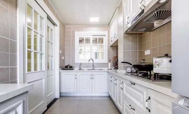 装修厨房4.webp