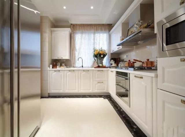 装修厨房5.webp